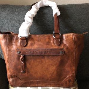 New Frye Leather Melissa Leather tote Zip Top